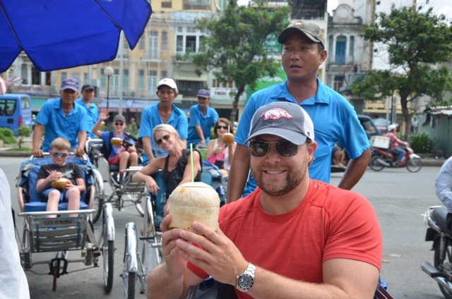 Local Experience for An American family on Excursion tour in Ho Chi Minh city