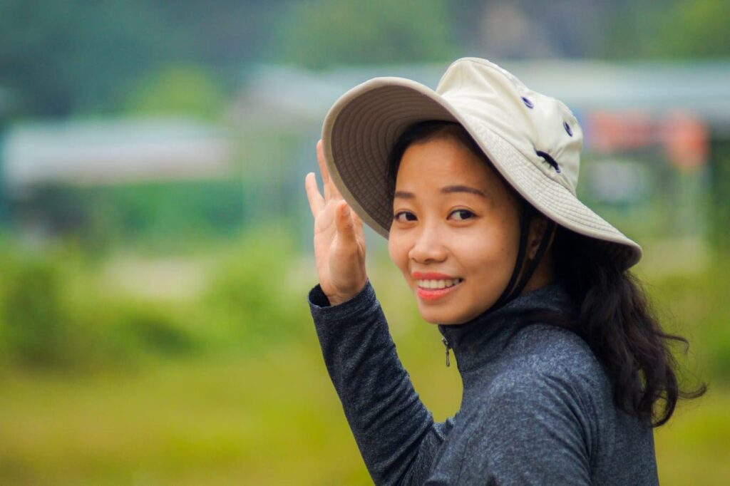 Excellent Tour Guide Vietnam