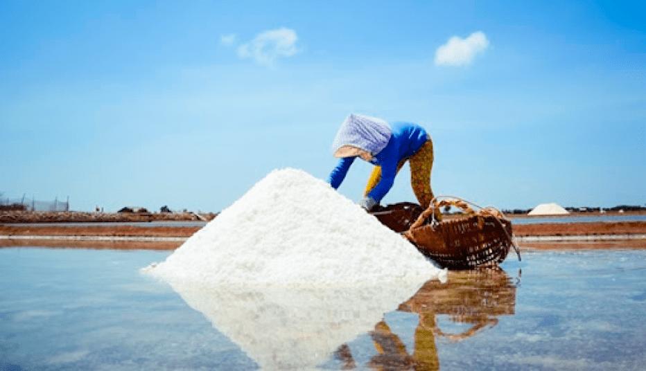 Salt making village in Bao Thuan
