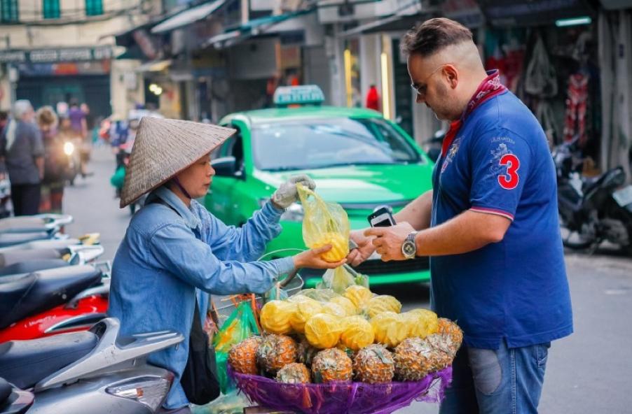 Vendors in Vietnam