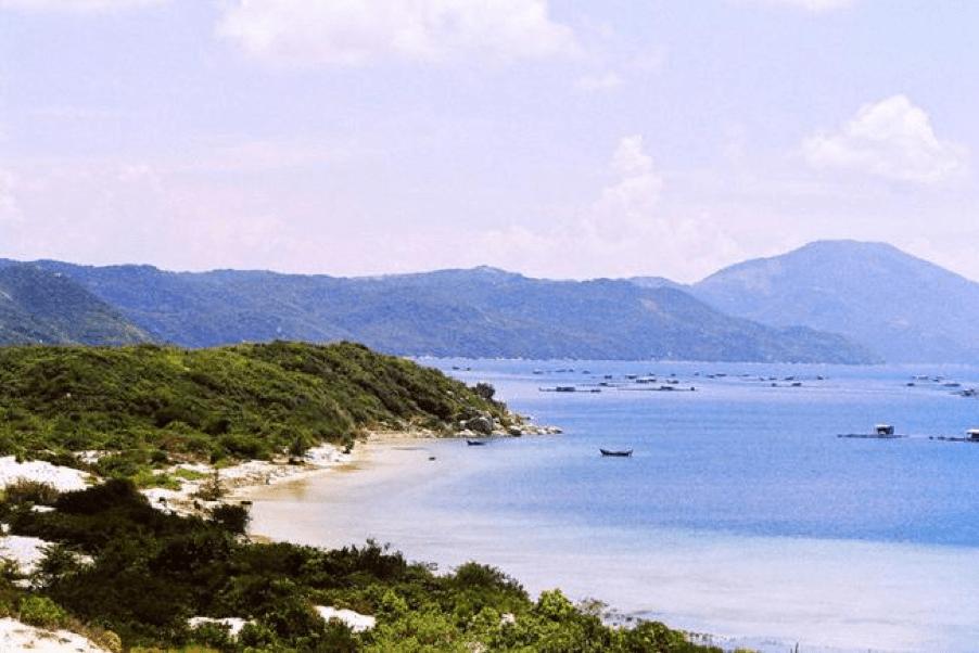 Dam Mon island Vietnam